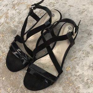 Gianna Bernini low heel sandal